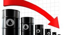 Giá dầu thế giới liên tiếp xuyên đáy