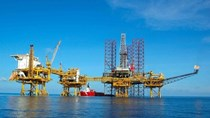 Giá dầu lên mức cao nhất 13 tháng
