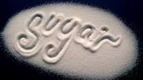 Giá đường trắng bán buôn vượt mốc 17.000 đ/kg