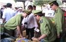 Hà Nội: Phát hiện cơ sở dùng nguyên liệu không bảo đảm sản xuất xúc xích