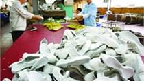 Nhập khẩu nguyên phụ liệu dệt may, da, giày 8 tháng đầu năm gần 3,8 tỷ USD