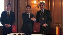 Bộ trưởng Trần Tuấn Anh ký Thoả thuận khung về hợp tác với Tập đoàn Siemens