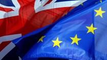 Vị trí trung tâm tài chính hàng đầu của London lung lay vì Brexit