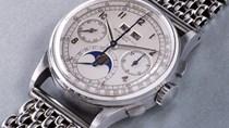Không nạm kim cương hay dát vàng, chiếc đồng hồ này vẫn lập với giá kỷ lục