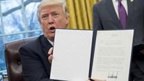 Ông Donald Trump chính thức ký sắc lệnh rút khỏi Hiệp định TPP