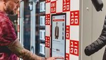 Uniqlo bán hàng thời trang qua máy tự động