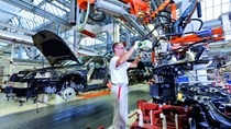 Đức nâng dự báo tăng trưởng kinh tế lên 2% vào năm 2017