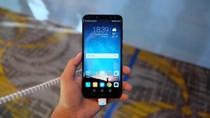 Smartphone 4 camera, màn hình tràn viền của Huawei giá 5,99 triệu