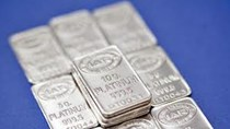 Giá bạch kim gần mức thấp 5 năm rưỡi