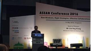 Thứ trưởng Bộ Công Thương Hoàng Quốc Vượng tham dự Hội thảo ASEAN 2016 tại Singapore