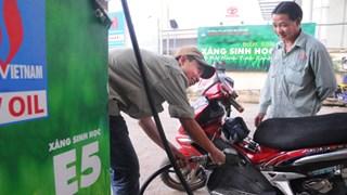 Các đơn vị sử dụng ngân sách nhà nước phải dùng xăng E5