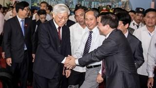 Tổng bí thư Nguyễn Phú Trọng thăm triển lãm thành tựu ngành Công Thương 70 năm