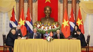 Việt Nam và Cuba chính thức ký Hiệp định Thương mại