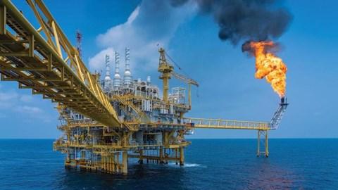 Giá dầu thế giới hôm nay 28/10 giảm xuống mức thấp nhất hai tuần