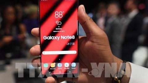 """""""Bom tấn"""" Galaxy Note 8 và V30 ra mắt tại Hàn Quốc"""