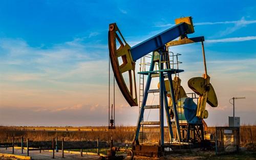 Giá dầu thô tăng nhẹ trước cuộc họp của OPEC+ vào hôm nay