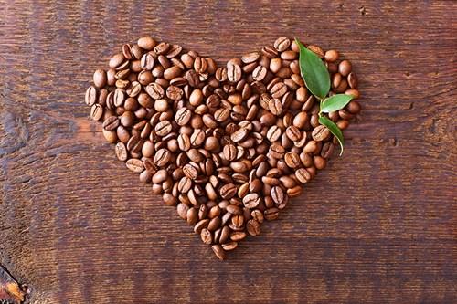 TT cà phê ngày 15/5: Giá giảm phiên thứ 3 liên tiếp, mất mốc 33.000 đồng/kg