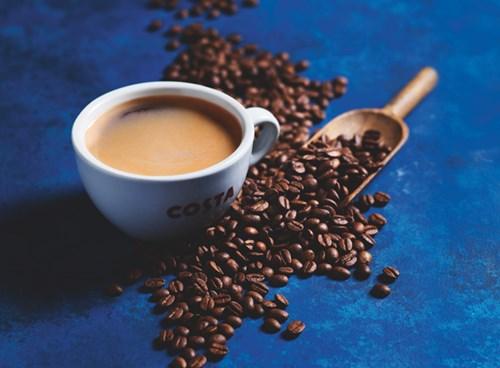 Thiên tai và nhu cầu tăng có thể đẩy giá cà phê lên cao nữa
