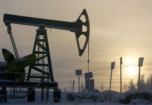 TT năng lượng TG ngày 8/11: Dầu, khí tự nhiên đều giảm