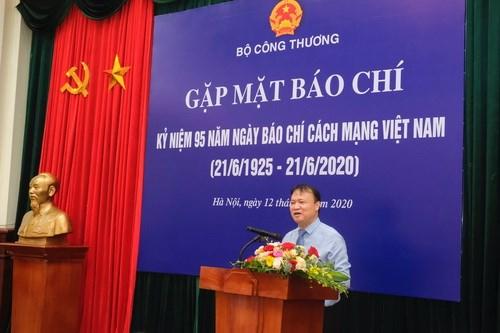 Bộ Công Thương gặp mặt báo chí nhân dịp 95 năm Ngày Báo chí Cách mạng Việt Nam