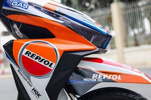 Honda Click 125i son dan ao phong cach CBR1000 Repsol hinh anh 4