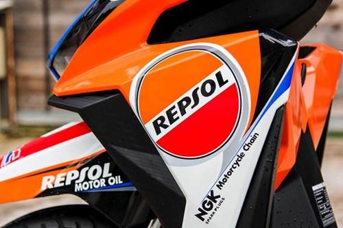 Honda Click 125i son dan ao phong cach CBR1000 Repsol hinh anh 5
