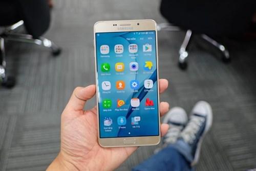 Galaxy A9 Pro 2016: Man hinh lon, pin 5.000 mAh sap ban o VN hinh anh 8