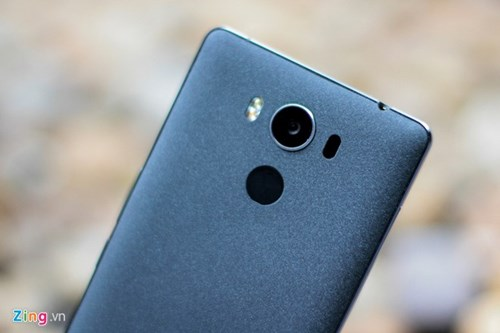 Smartphone RAM 4 GB, gia duoi 5 trieu ve Viet Nam hinh anh 5