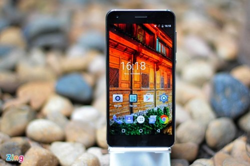 Smartphone RAM 4 GB, gia duoi 5 trieu ve Viet Nam hinh anh 7