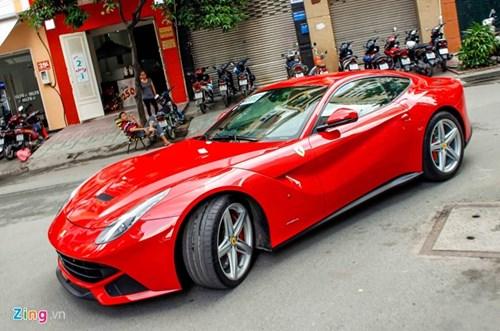 Ferrari F12 dau tien VN tim duoc chu sau gan 3 nam ve nuoc hinh anh 9