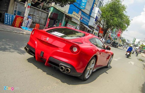 Ferrari F12 dau tien VN tim duoc chu sau gan 3 nam ve nuoc hinh anh 10