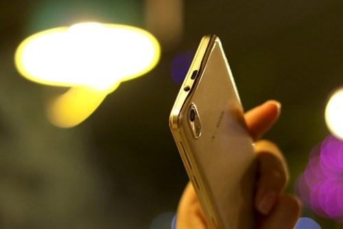 5 uu diem cua S-Mobile T52 tam gia duoi 2 trieu dong hinh anh 2