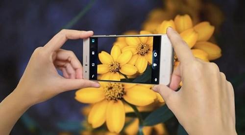 5 uu diem cua S-Mobile T52 tam gia duoi 2 trieu dong hinh anh 4