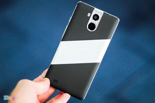 Mo hop smartphone 4G, ho tro cam bien van tay re nhat VN hinh anh 9