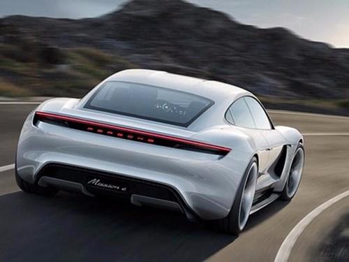Porsche san xuat xe dien canh tranh Tesla hinh anh 1