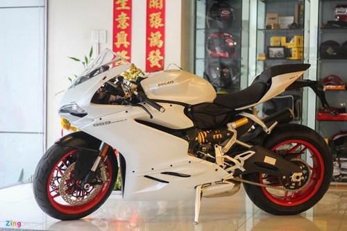 Ducati 959 Panigale ban Thai Lan gia 592 trieu dong tai VN hinh anh 16
