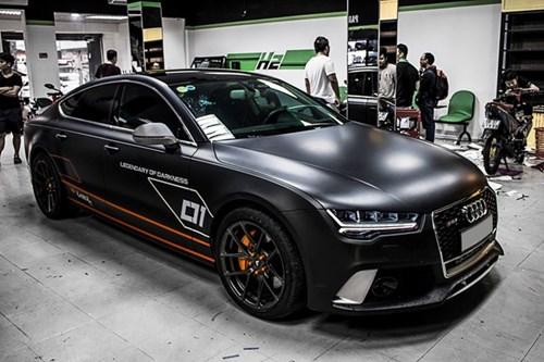 Audi A7 do kieu RS7, dan decal xam mo o Sai Gon hinh anh 2