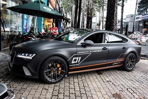 Audi A7 do kieu RS7, dan decal xam mo o Sai Gon hinh anh 3