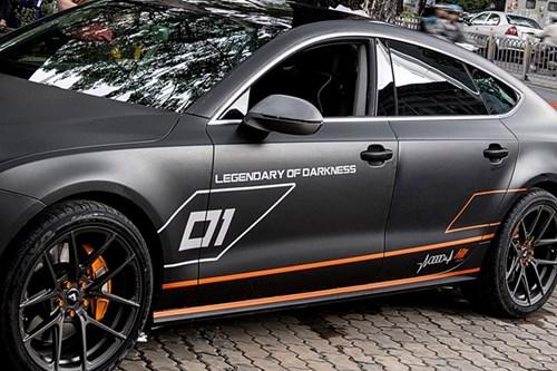 Audi A7 do kieu RS7, dan decal xam mo o Sai Gon hinh anh 6