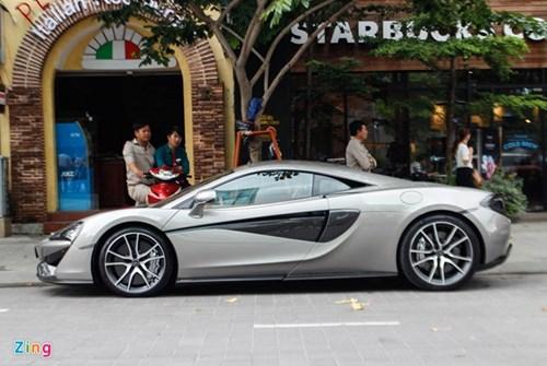 McLaren 570S cua Cuong Do La lan dau dao pho Sai Gon hinh anh 3