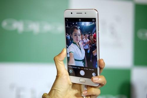 Mo hop Oppo F1s: Smartphone chuyen selfie, dang ua nhin hinh anh 15