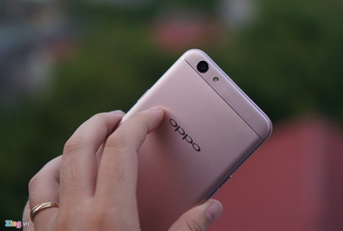 Mo hop Oppo F1s: Smartphone chuyen selfie, dang ua nhin hinh anh 12