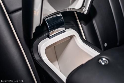 Rolls-Royce Phantom - tuong dai cua the gioi xe sieu sang hinh anh 22