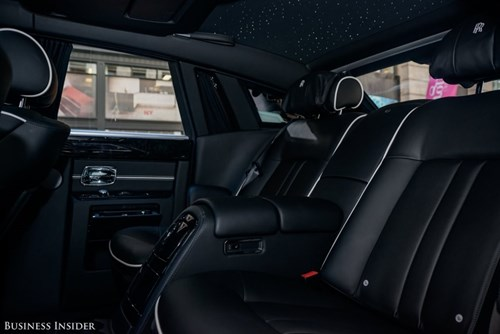 Rolls-Royce Phantom - tuong dai cua the gioi xe sieu sang hinh anh 21