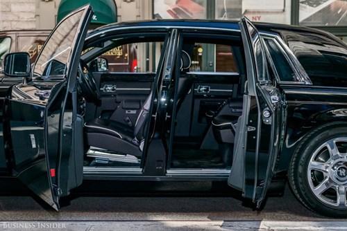 Rolls-Royce Phantom - tuong dai cua the gioi xe sieu sang hinh anh 9