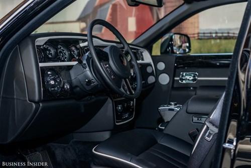 Rolls-Royce Phantom - tuong dai cua the gioi xe sieu sang hinh anh 10