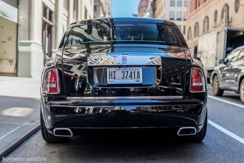 Rolls-Royce Phantom - tuong dai cua the gioi xe sieu sang hinh anh 25