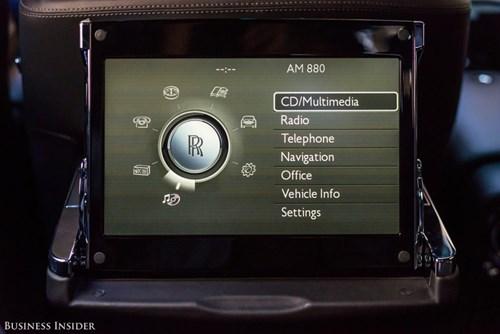 Rolls-Royce Phantom - tuong dai cua the gioi xe sieu sang hinh anh 23