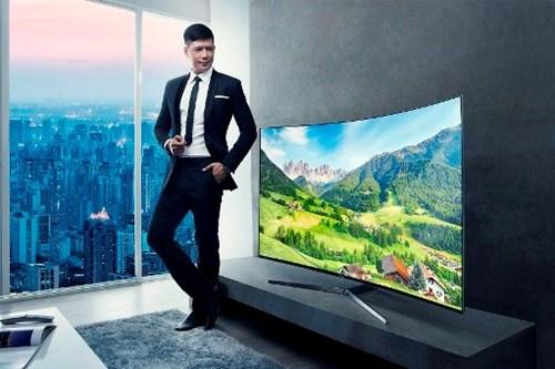 Vi sao nen mua TV man hinh cong? hinh anh 2