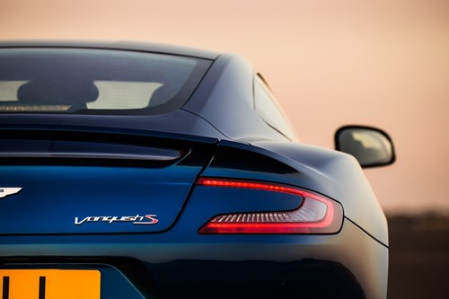 Aston Martin gioi thieu Vanquish S manh gan 600 ma luc hinh anh 7